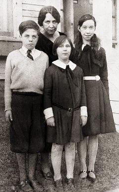 Asta Eicher et ses enfants